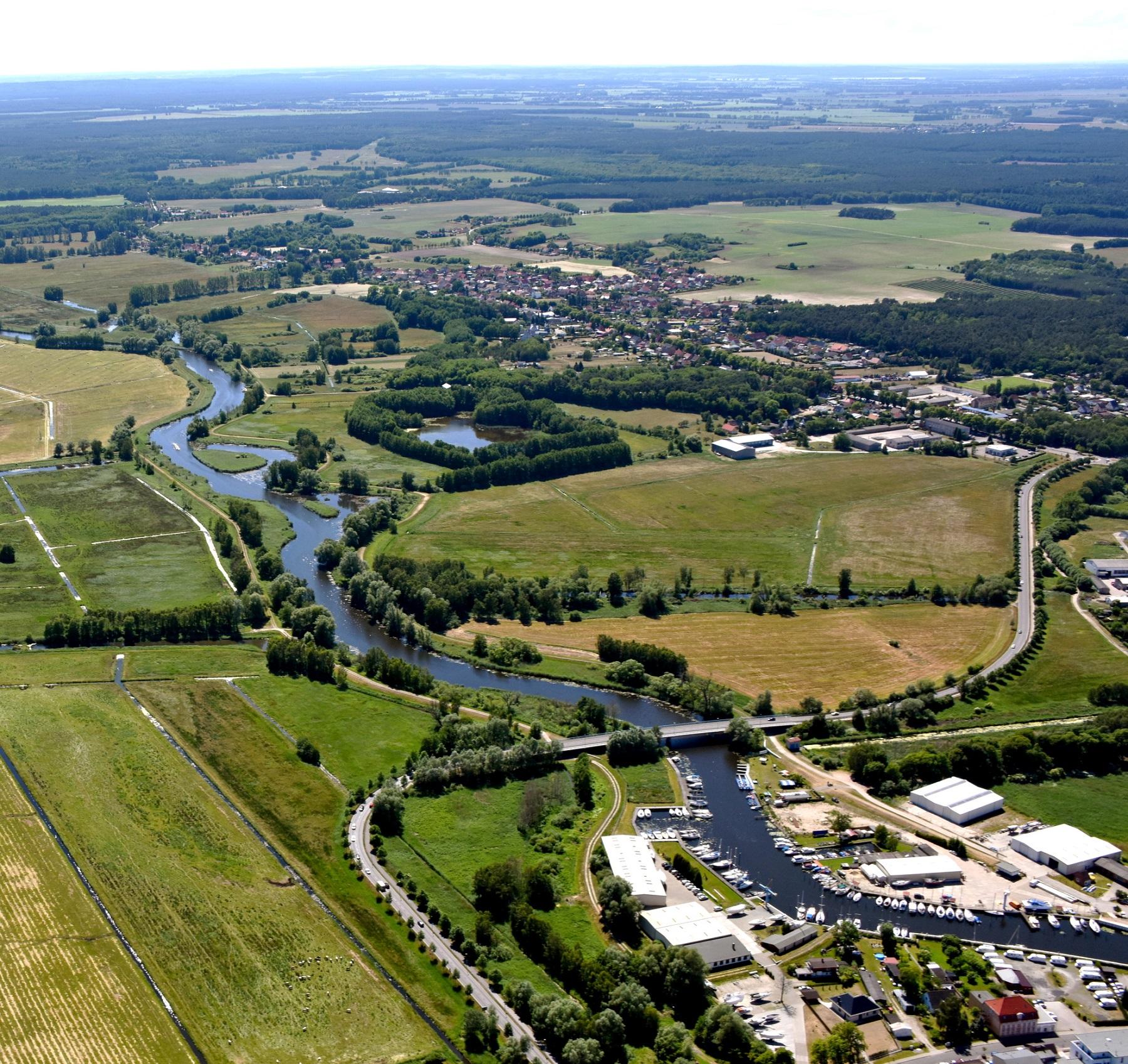 Seebad Ueckermünde Uecker Flussaufwärts